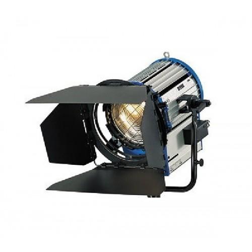 event hire berlin stage lights rental fresnel lens 1000 plus. Black Bedroom Furniture Sets. Home Design Ideas