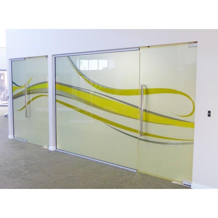 Fenstergrafiken-individualisieren-Berlin-Ausstattung-Event-Equipment